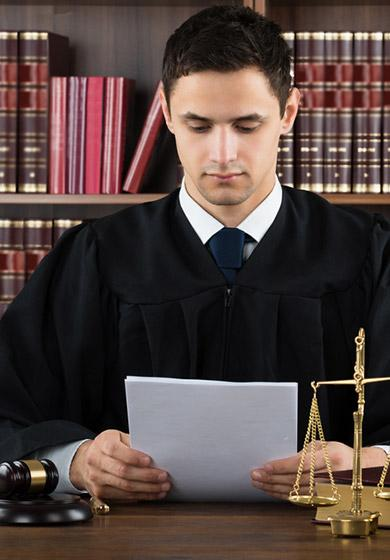 Maître Jacques DELACHARLERIE, avocat evry